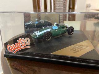 Coche coleccionista F1 juguete colección