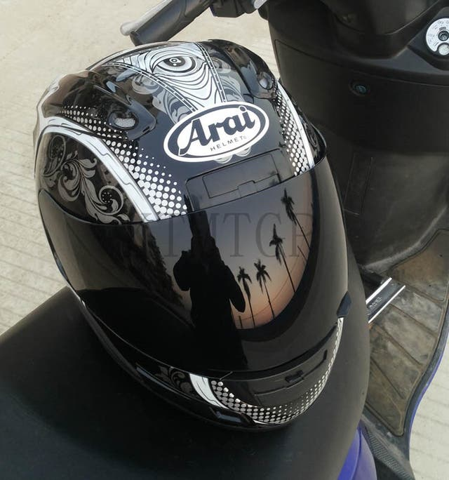 Casco moto mujer arai gris talla M