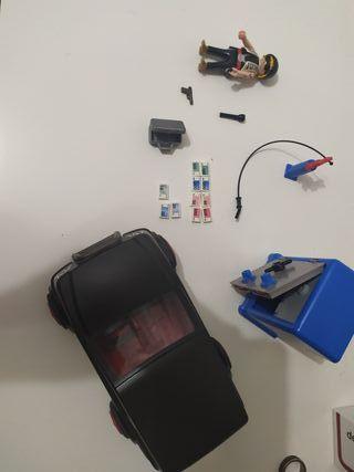 ladrón con caja fuerte y coche Playmobil