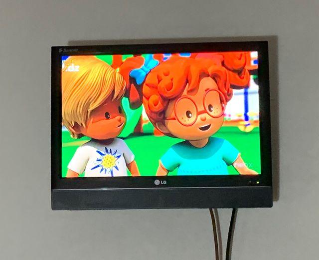 """Televisión LG 19"""" TDT INCORPORADO EUROCONECTOR"""