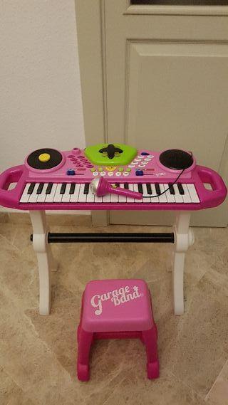 órgano niña Mic-keyboard