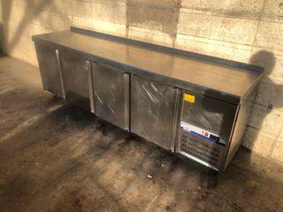 Bajo mostrador frigorífico nevera 2,5 metros