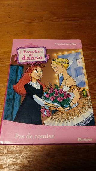 Libro lectura Escola de dansa