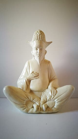 Figura de Buda de porcelana china blanca. 58 cm d