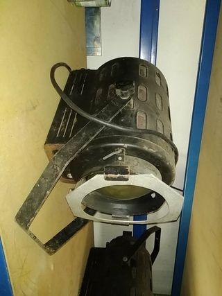 4 focos vintage Fresnel