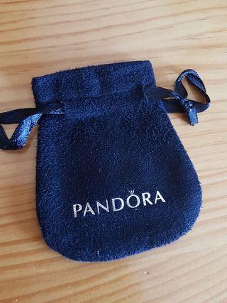 Saquito Pandora color negro