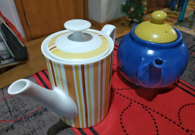 Teteras cerámicas, nuevas a estrenar, jamás usadas