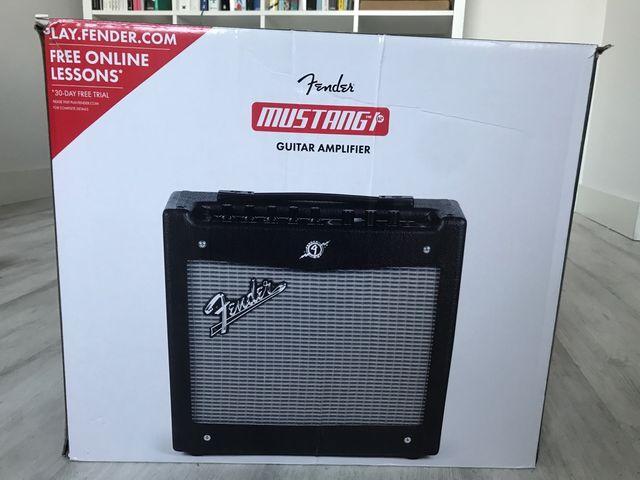 Amplificador Fender Mustang I V.2