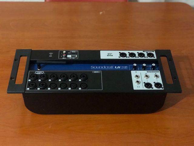 Mesa mezcla digital Soundcraft portable
