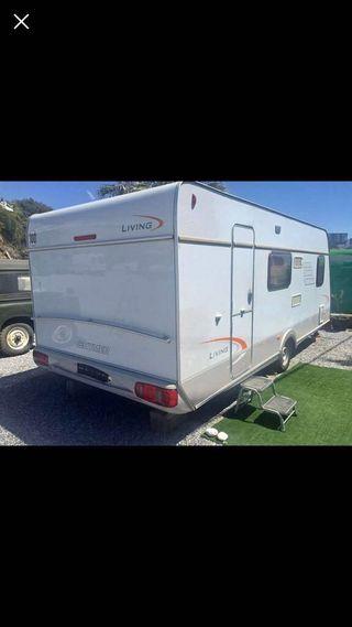 Caravana Hymer Eriba Living 360 2008
