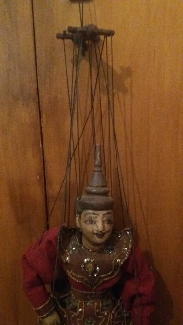 Marioneta Tailandesa Antigua