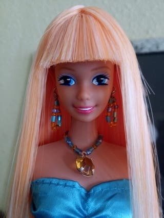 Barbie antigua, hecha en España