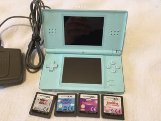 Nintendo DS Lite with 4 Games & Charger 27.99