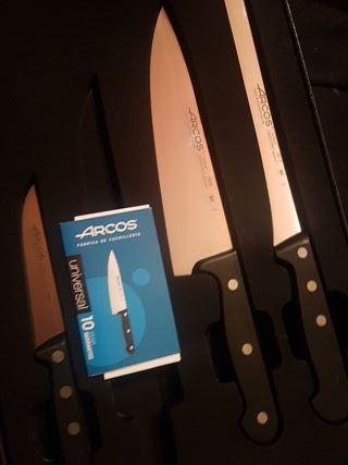 juego 3 cuchillos ARCOS