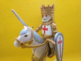 Playmobil Rey cruzado a caballo