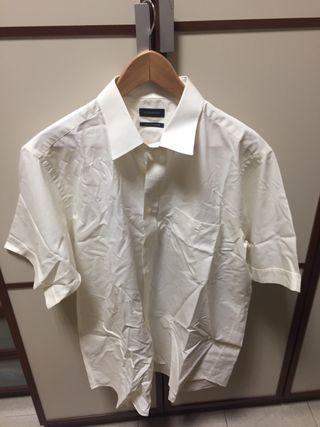 Camisa Rushmore t. 5 blanca. Manga corta.