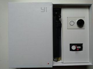 Camara tipo GoPro Xiaomi Yi action camera + extras