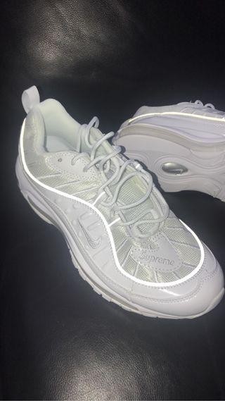 Nike Air Max 98 OG Supreme , Size 9