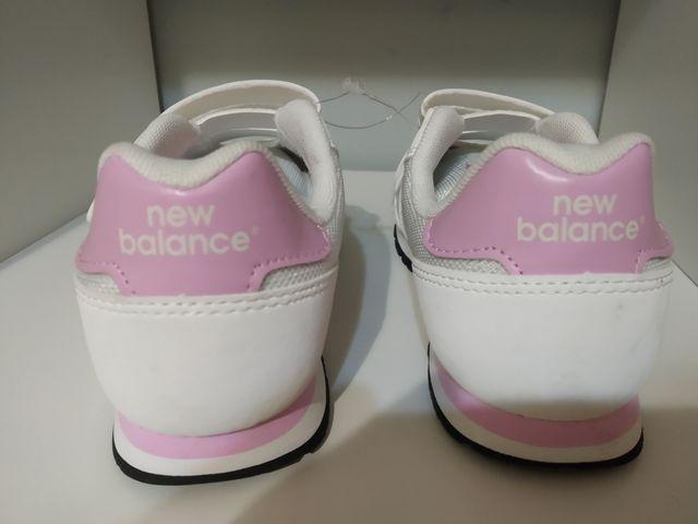 Zapatillas nuevas New Balance talla 34'5