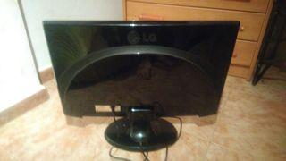 monitor nuevo 70 €