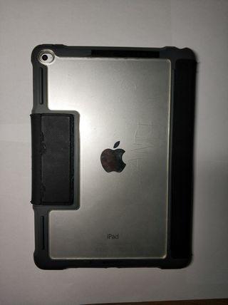 iPad Air 2 con Teclado Apple