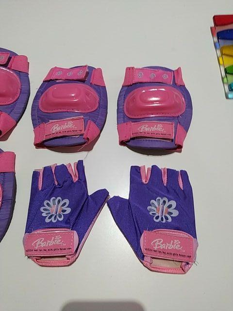 conjunto protectores patinaje Barbie
