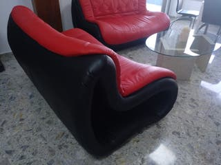 dos sofas piel