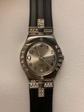 Reloj Swatch mujer Swarosky negro