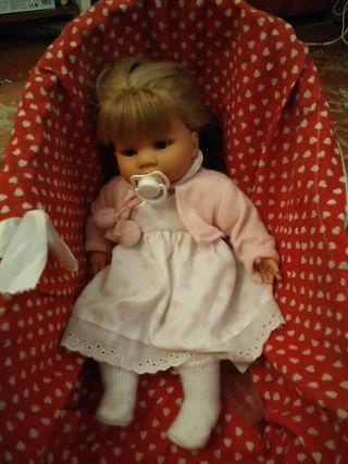 muñeca muy relista
