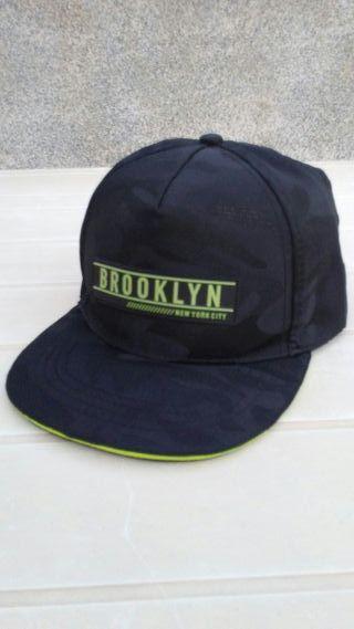 Gorra BROOKLYN-new york city.Primark.Nueva.militar