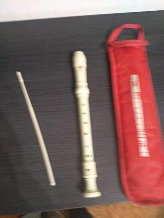 flauta escolar con limpiador y funda