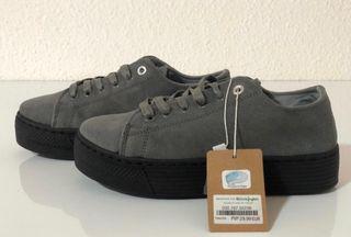 Zapatillas Nuevas con etiqueta