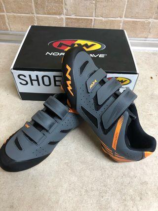 Zapatillas ciclismo Northwave talla 42 + calas