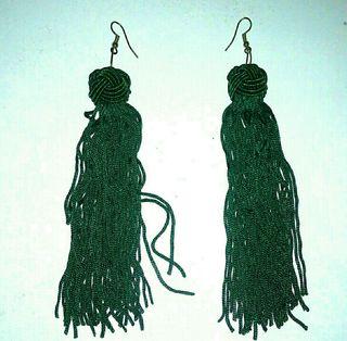 Pendientes largos verde esmeralda