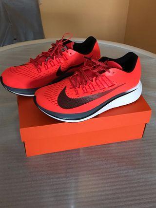 Nike Zoom Fly,vaporfly,pegasus,react,lunarepic,