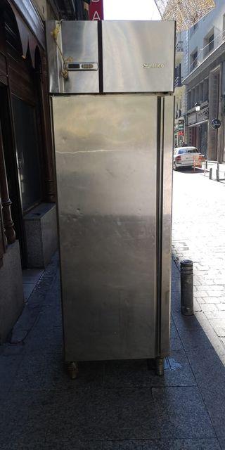 Armario refrigerado para bandejas 60x40