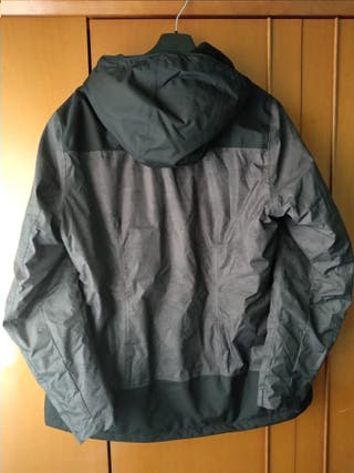 Campera impermeable.