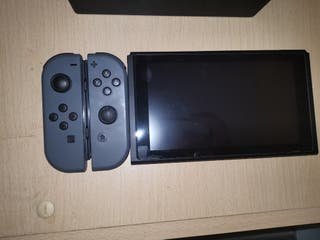 Nintendo Switch 32GB Grey w/Extras