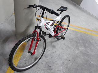 Bicicleta Active Track Urban 8