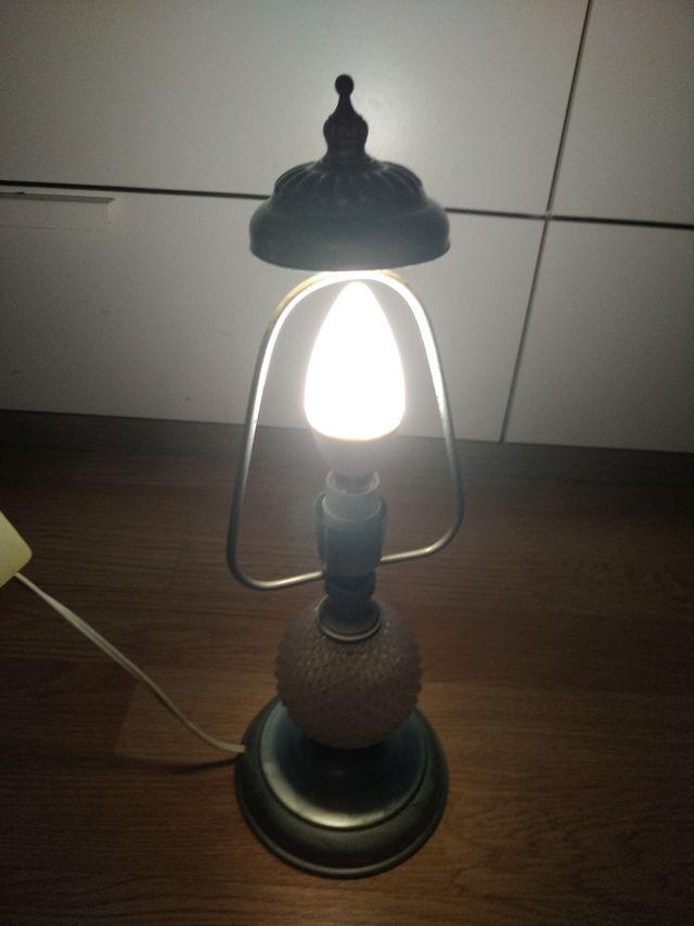 2 lámparas mesillas,antiguas restauradas,plateadas