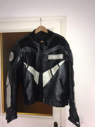 Cazadora de piel para Moto Yamaha
