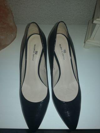 Zapatos Tacón Gloria Ortiz de Piel