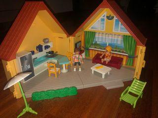Casa maletín de verano de playmobil