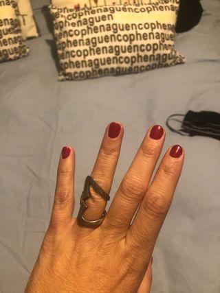 Precioso anillo de TOUS y súper original
