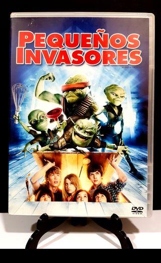 PEQUEÑOS INVASORES DVD