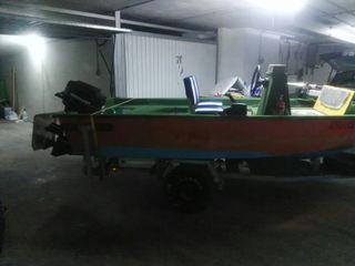 barca, preparada para pesca de blakbass y lucio