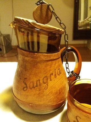 Jarra y vasos de Sangria