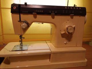 máquina de coser Singer portátil