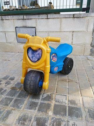 moto niñ@s