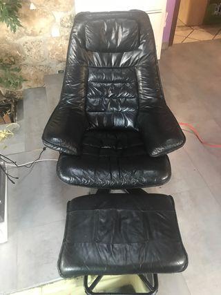 sillón de cuero narural